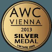 Medalla de Plata en AWC Vienna 2013 (Austria) (añada 2009)