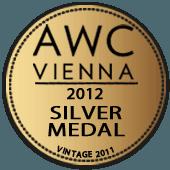 Medalla de Plata en AWC Vienna 2012 (Austria) (añada 2011)